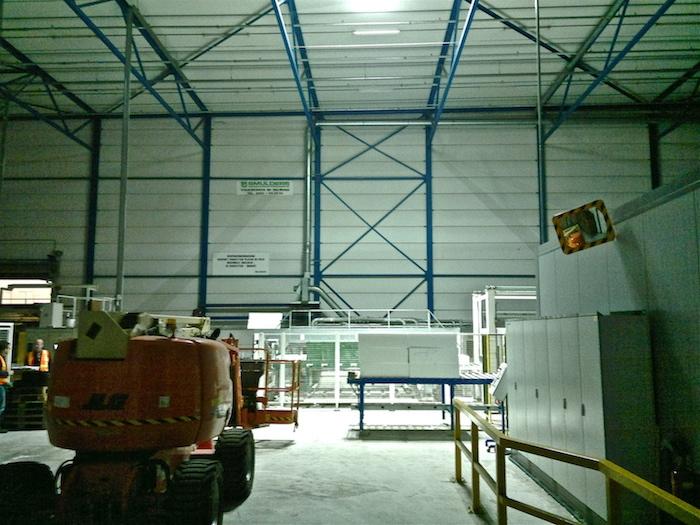 ecosol sun tracker lichtopbrengst in bedrijfshal van Unidek